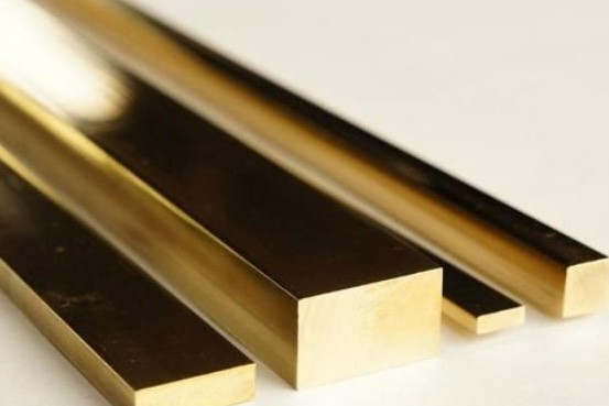 lastra Patros oro